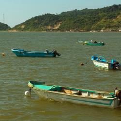 Puerto López 75 hoteles