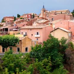 Roussillon en Isere 8 hotels