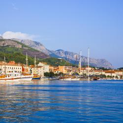 Makarska 230 four-star hotels