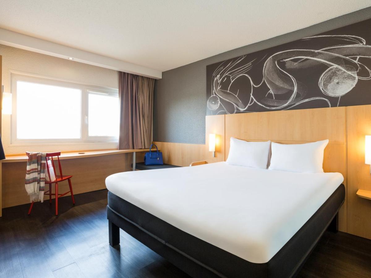 1502 Verified Hotel Reviews Of Ibis Bordeaux Lac Bookingcom