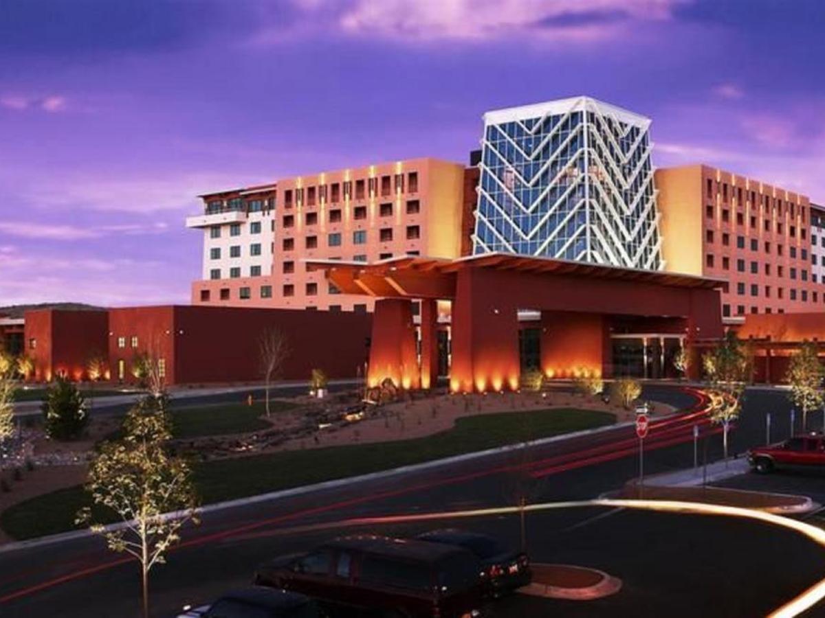 isleta casino bar