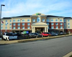 Holiday Inn Express & Suites Lexington Park California