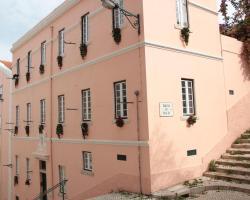 Lisbon Inn Apartments
