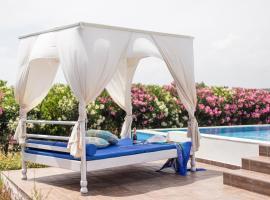 White Blue Villa, hotel in Lachania