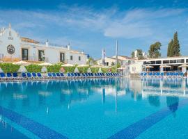 Globales Pueblo Andaluz, hotel in Marbella
