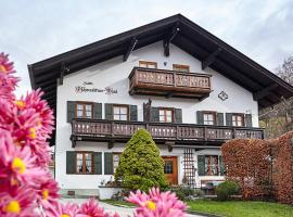 Ferienwohnung Graseck, pet-friendly hotel in Garmisch-Partenkirchen