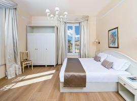 Hotel Ercolini & Savi، فندق في مونتيكاتيني تيرمي