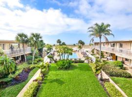 Treasure Island Ocean Club, hotel near Treasure Island Golf Tennis Recreation Center, St Pete Beach