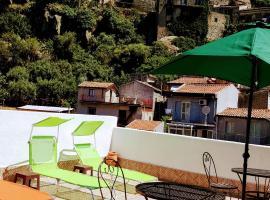 Albergo Diffuso Borgo Santa Caterina, hotel near Il Picciolo Golf Club, Castiglione di Sicilia
