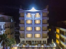 Amphora Hotel, מלון באייבאליק