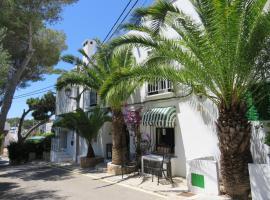 Fowlers Hotel, hotel in Cala d´Or