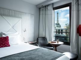 لو باريسيس - باريس برج إيفل