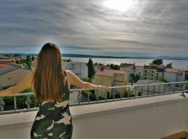 Apartments & Rooms Lonzor