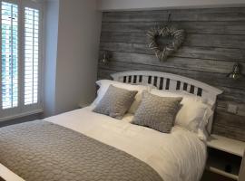 Riverside Suites Llangollen, hotel in Llangollen