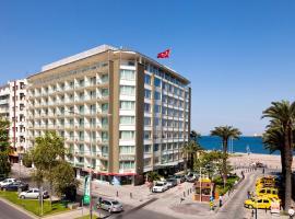 Izmir Palas Hotel, מלון באיזמיר