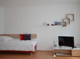 Apartment R&A Naftolin's