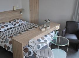 Hotel Chalets Middelburg, отель в городе Мидделбург