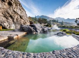Colca Lodge Spa & Hot Springs, hotel with pools in Yanque