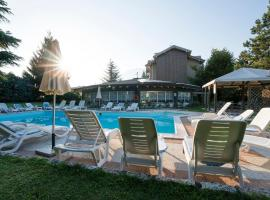 Hotel Bavaria, hotel near Terme of Levico and Vetriolo, Levico Terme