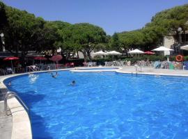 Lets Holidays Apartment - Gavá Mar, hotel in Gavà