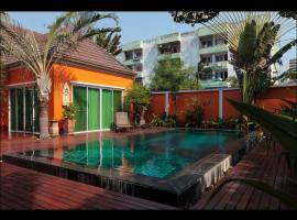 Breezy Villa In Pattaya