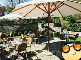 L'Escape Grill, hotel near Marchienne Zone, Silenrieux