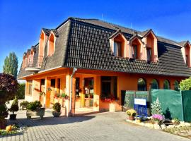 Hotel Senica