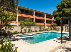 Rosalie 35, budget hotel in Perth