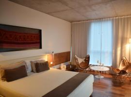 Design Suites Salta, hotel in Salta