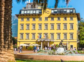 Grand Hotel Riva, hotel a Riva del Garda
