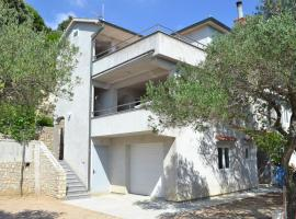 Apartments with a parking space Banjol (Rab) - 12256