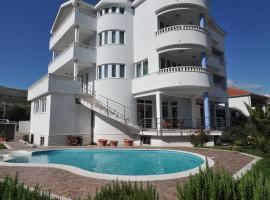 Apartments Villa Lida