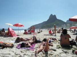 Copacabana 100m da Praia