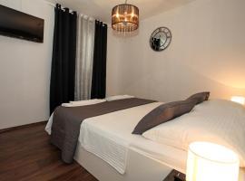 Rooms Villa Padre