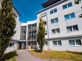 Zenitude Hôtel-Résidences Les Hauts d'Annecy, hotel in Annecy
