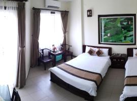 Tran Ly Hotel, hotel near Dong Ba Market, Hue