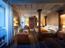 Relais & Chateaux Palazzo Seneca, hotel a Norcia
