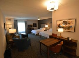 Homewood Suites By Hilton Saratoga Springs, hotel with jacuzzis in Saratoga Springs