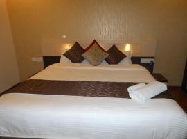 Hotel Omicron 1 BHK Studio room