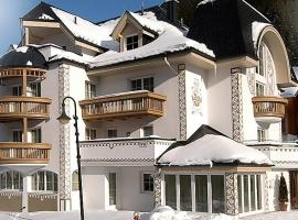 Hotel Garni Martina, ski resort in Ischgl