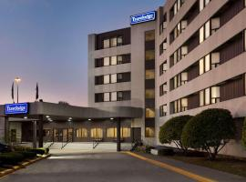 Travelodge by Wyndham Toronto East