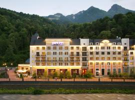 Park Inn by Radisson Rosa Khutor, hotel near Lift C, Estosadok