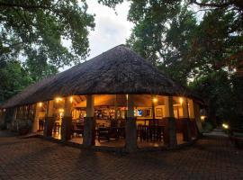 Island Safari Lodge