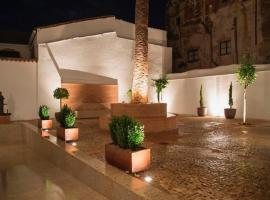 Casa Palacio Muñoz Chaves, hotel que admite mascotas en Cáceres