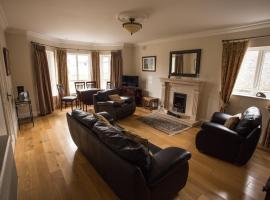 Teach Bhalor, hotel near Cloughaneely Golf Club, Falcarragh