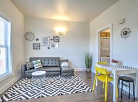 Renovated Bright 1 BR in the heart of Capitol Hill – APT B, vacation rental in Seattle