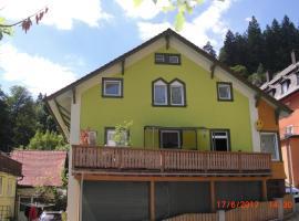 Haus Krismann, hotel in Triberg