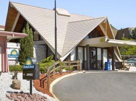 Days Inn by Wyndham Colorado Springs/Garden of the Gods, pet-friendly hotel in Colorado Springs