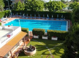 Residence Aurora, appartamento ad Albenga