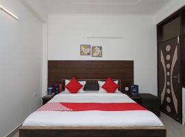OYO 12493 Hotel Taaz Comfort Inn